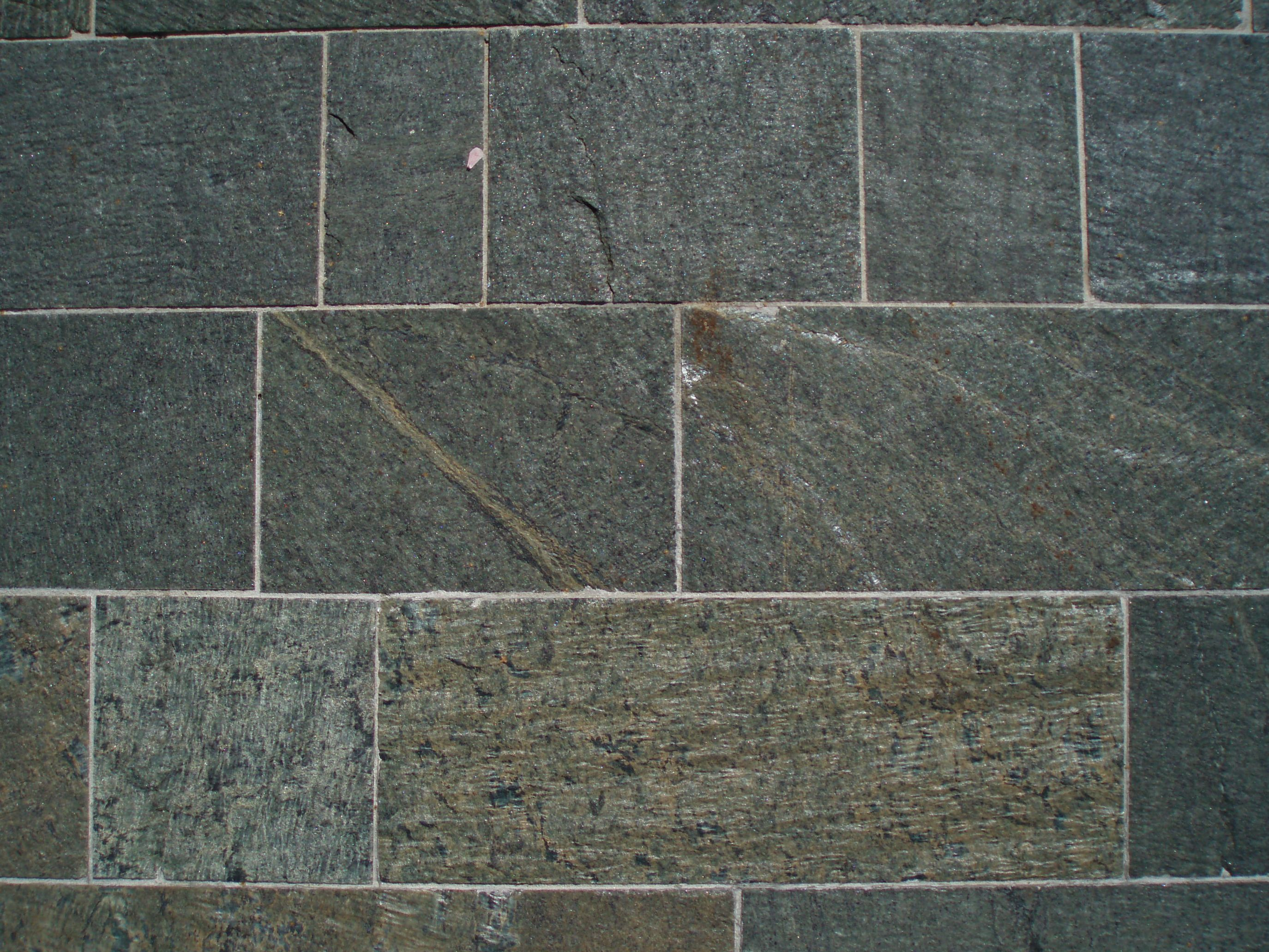 Bodenplatten sandgestrahlt